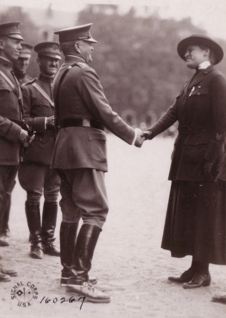 contributions of women in ww i